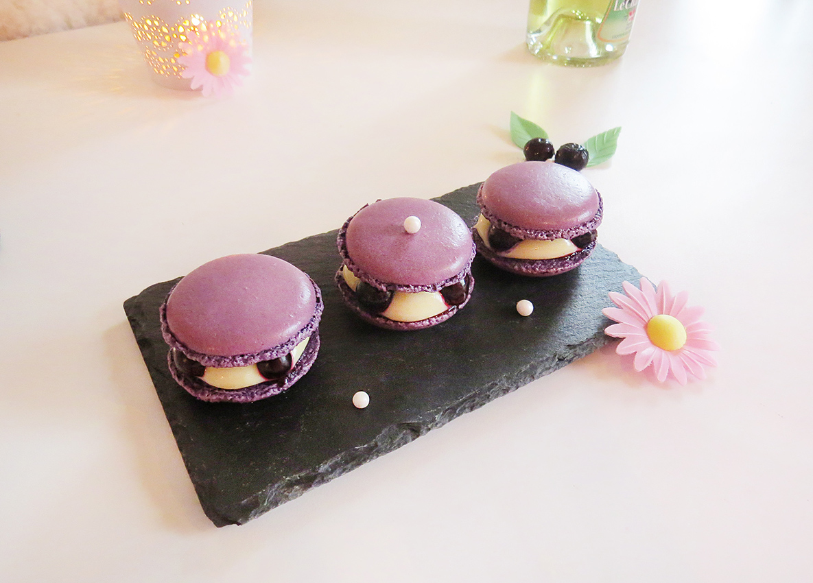 Macaron myrtilles genepi