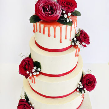 wedding dripped rouge cake