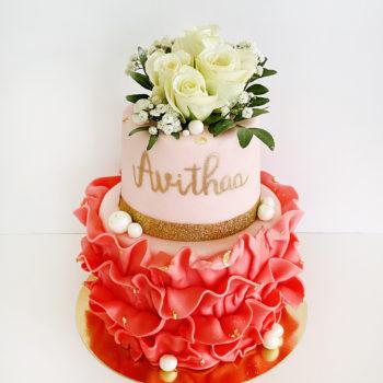 Gateau rose et fleurs